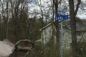 Earl St @ Melrose Av, 4/20/13